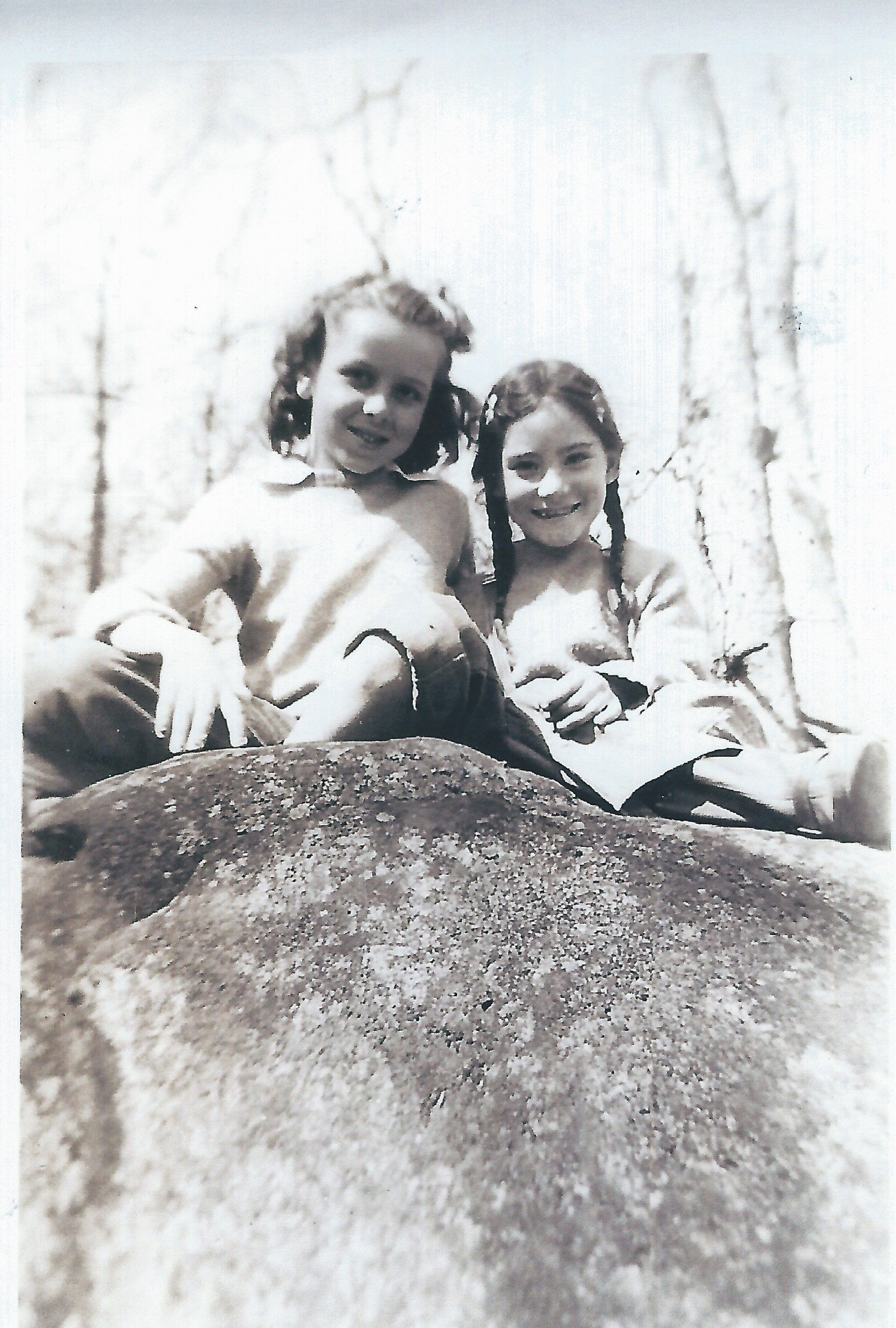 jane rausch delcoma and nancy hobart '48