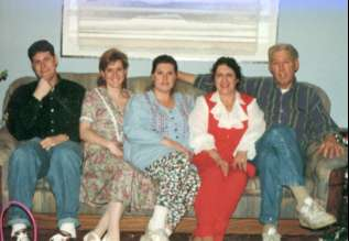 Don Hanlon Family: Steve, Starr, Dawn, Bonnie & Don -- Easter 1996