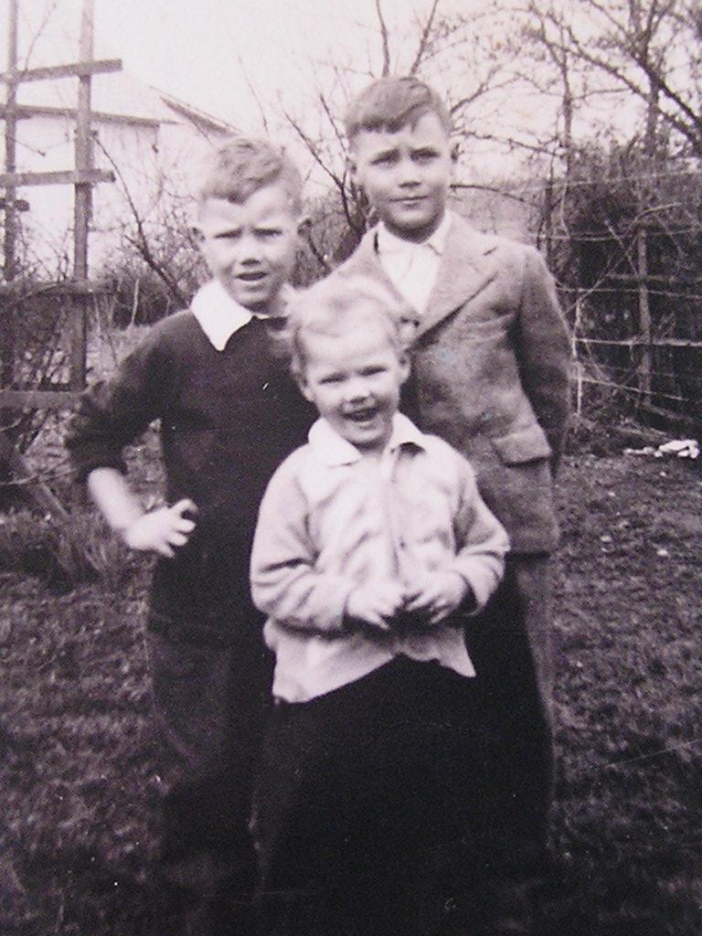 Don, Kay, Dave Hanlon -- 1940's
