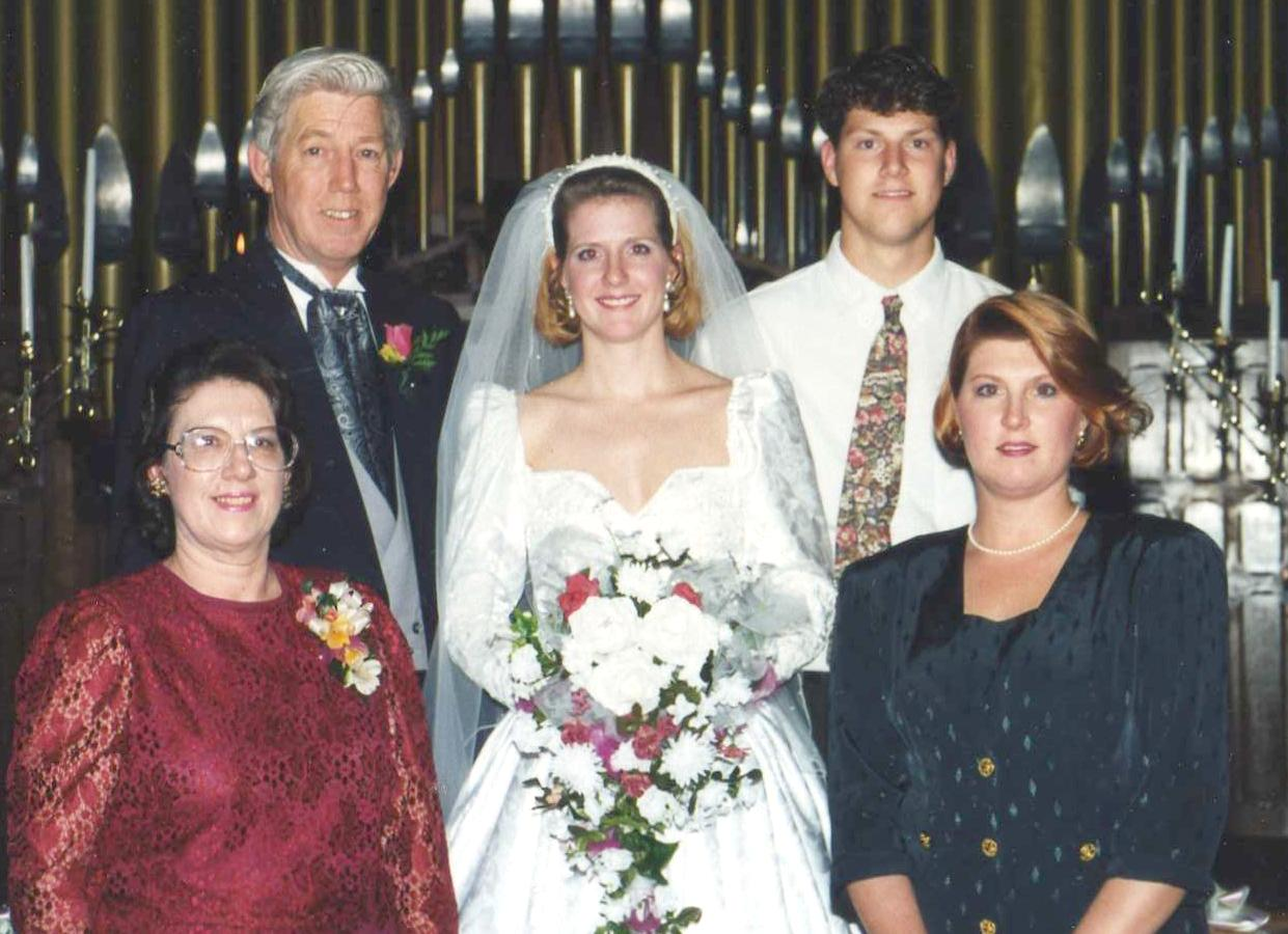 Starr's 1st wedding: Bonnie, Starr, Dawn with Don & Steve in back -- 1994